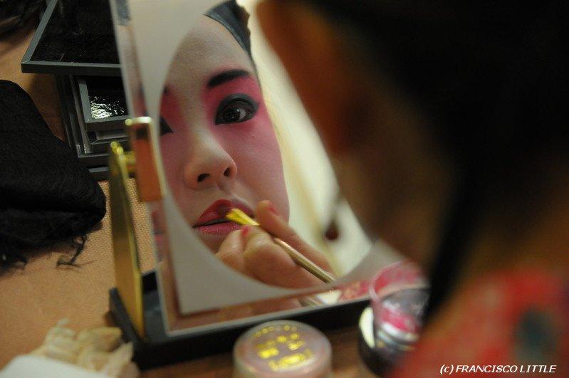 Photo Series: Peking Opera Prep
