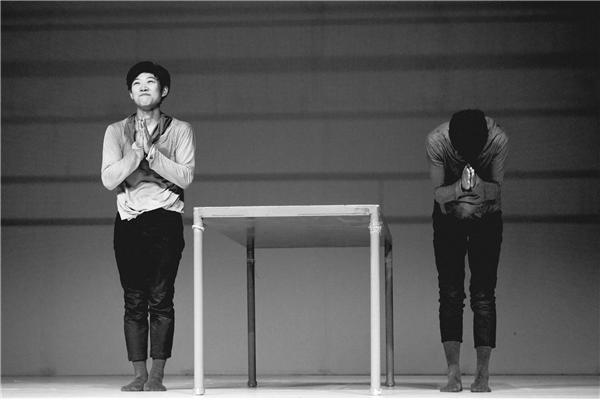 "Q&A with Choreographer Gu Jiani on ""Right & Left"""